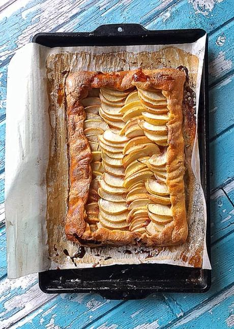 easy apple flat pie