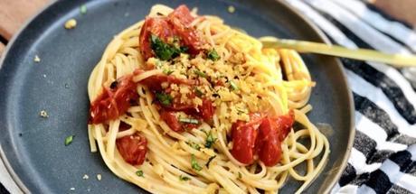 Italian Roasted Tomato & Garlic Pasta with Herb Gremolata3 min read