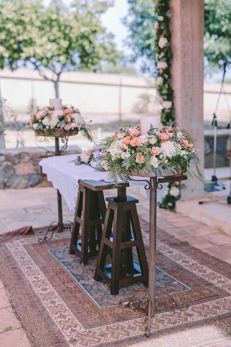 romantic-fall-wedding-athens-white-coral-hues_14