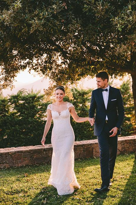 romantic-fall-wedding-athens-white-coral-hues_45x