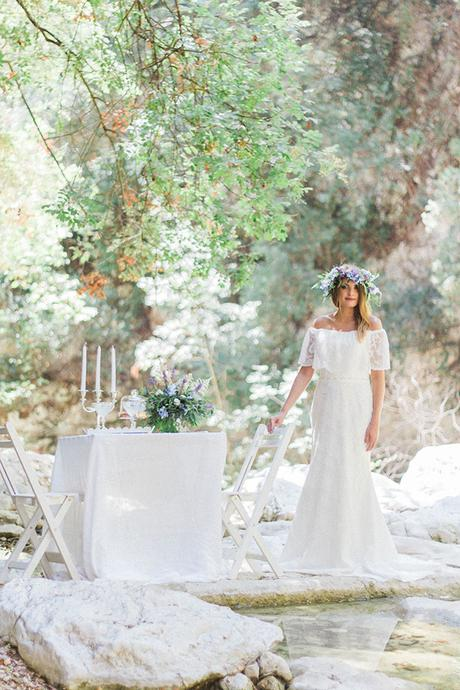 inpiring-greek-mythology-styled-shoot-lefkada-blooms-olives_03x