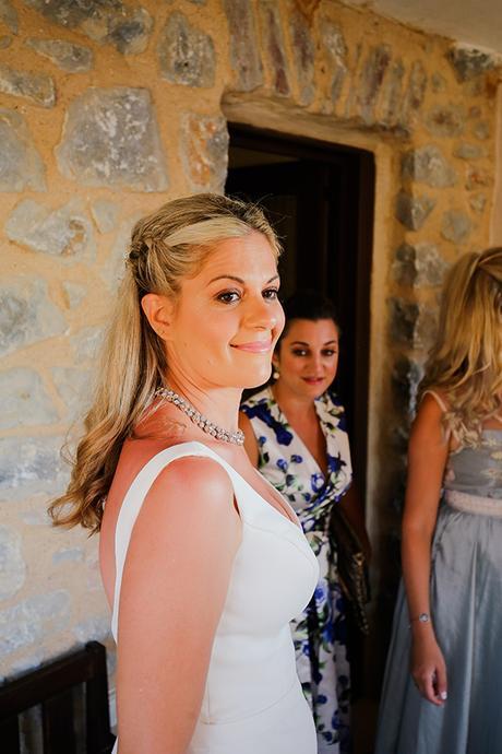blue-white-wedding-awe-inspiring-mani_09