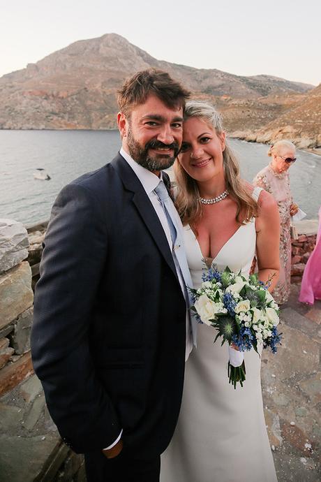blue-white-wedding-awe-inspiring-mani_01x