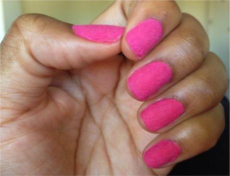 DIY: Velvet Nails