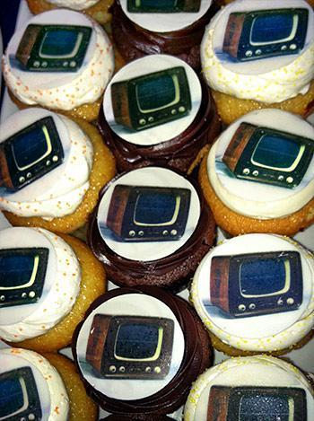 cupcakes with Paik's Zen for TV piece pictured on them