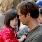 Moore+Skarsgard+film+NYC+AfGgK39HjdJl 145x145 Alexander Skarsgards What Maisie Knew shown at Toronto Film Fest