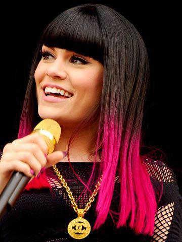 11140 00001deec 15cc Jessie J Celebrity Trend: Dip Dyed Ends