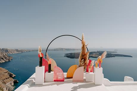 utterly-romantic-elopement-santorini-modern-details_06