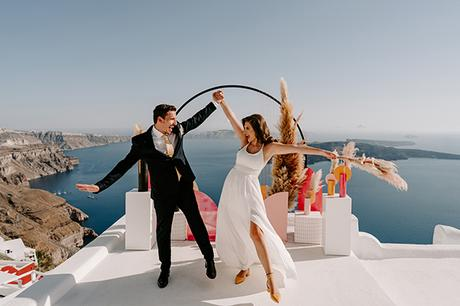 utterly-romantic-elopement-santorini-modern-details_13