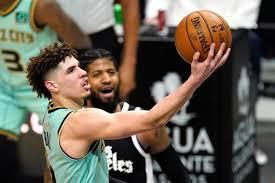 Charlotte hornets rookie lamelo ball sustained a wrist injury in the second quarter of their game against the los angeles clippers on saturday night. Vsbbrmwgbwif5m