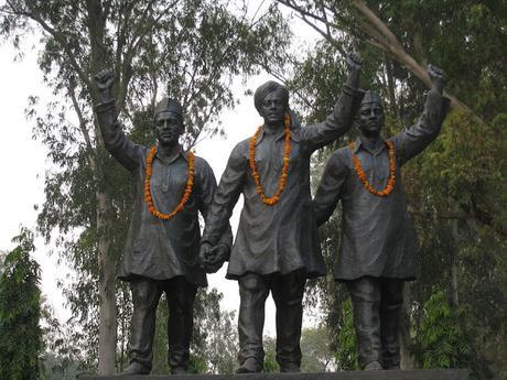 remembering the bravery and martyrdom of Shaheed Bhagat Singh, Rajguru & Sukhdev