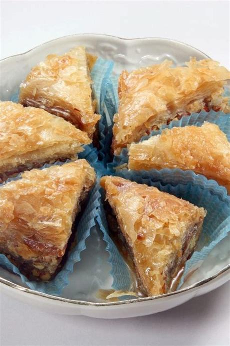 The best phyllo dough desserts recipes on yummly | bacon baklava, mini pistachio, walnut & honey baklava, phyllo dough stars with egg cream Easy Baklava #Recipe: flaky phyllo dough layered with ...