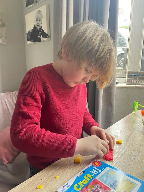 Fun & Simple Craft Activities For Time-Poor Parents