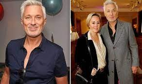 Former eastenders actor trends on twitter after showing off his new hair colour on lorraine. Martin Kemp Feud How Spandau Ballet Broke Up And The One Thing That Will See Them Reunite Celebrity News Showbiz Tv Express Co Uk