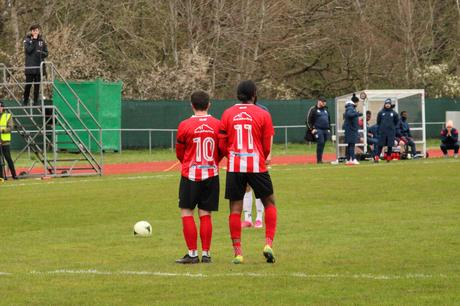 Guildford City 1 Walton and Hersham 1