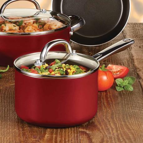 Best budget saucepan for cooking rice- Farberware Buena Cocina Nonstick 3 Quart Lid