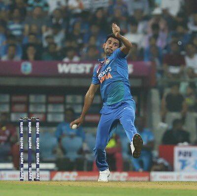 Deepak Chahar sends Punjab wobbling !!