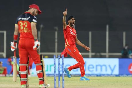 Harpreet Brar's day out !  .... bails not falling - clean Bowled