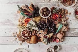 But here is a general list of items you may find during christmas dinner across britain…sounds delicious to us! 8 Non Traditional Christmas Dinner Ideas To Try In 2020 Urbanmatter