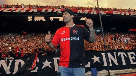 So, naturally, you probably want to brush up on some facts about the. Banega cree que volverá a Newell's... ¡con Messi! | Marca.com