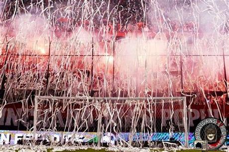 Each domain involves constraints that will encourage some movements but restrict others. Newells Old Boys - River Plate 12.10.2014, fantastic ...