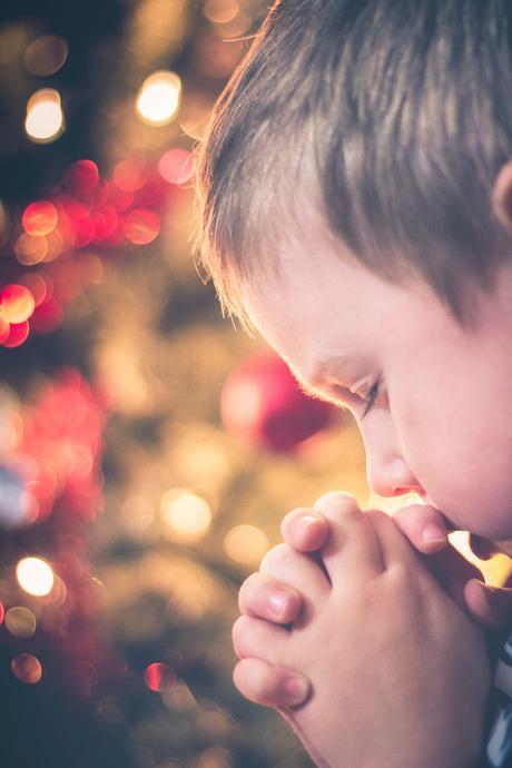 15 Simple Bedtime Prayers for Children