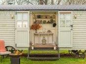 Celebrate British Summertime with Monkey Island Estate's Shepherd's Hideaway Experience #Travel #Bray #Luxury