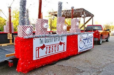 Find some unique christmas float ideas here. church christmas float ideas - Google Search | Christmas ...