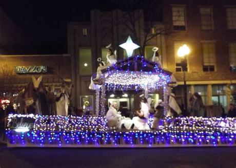 The best decorated parade floats start with a great parade that you want to be part of. Knoxville Christmas Parade 2011: Top Ten Floats! | Inside ...