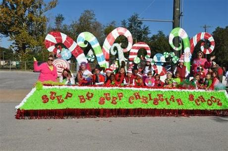 Christmas is a significant celebration among the religious and the faithful. Unique Ideas For Christmas Parade Floats / Christmas ...