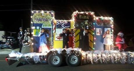 Have kids dress in traditional clothing from countries all over the world and another idea for a parade not associated with a holiday is to depict a scene from a disney or other animated movie for your kiddie float. Image result for lighted christmas parade float ideas ...