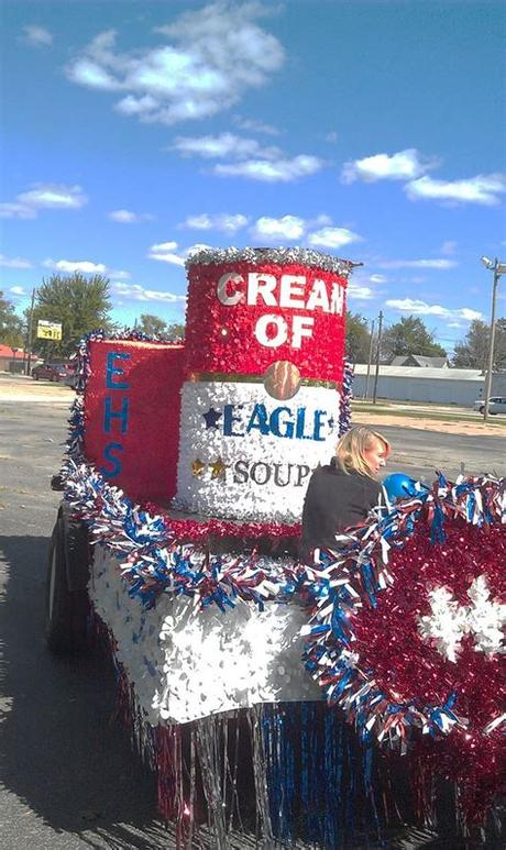 We have tons of christmas parade float supplies, deeply stocked for fast same business day shipping! Homecoming Floats on Pinterest | Parade Floats, Christmas ...