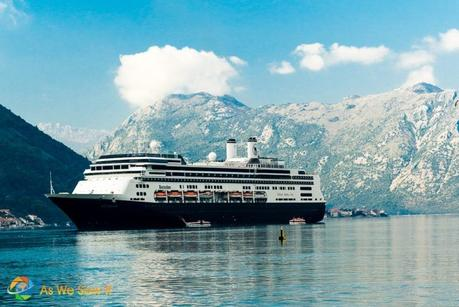 River vs. Ocean Cruise: What's the Difference?