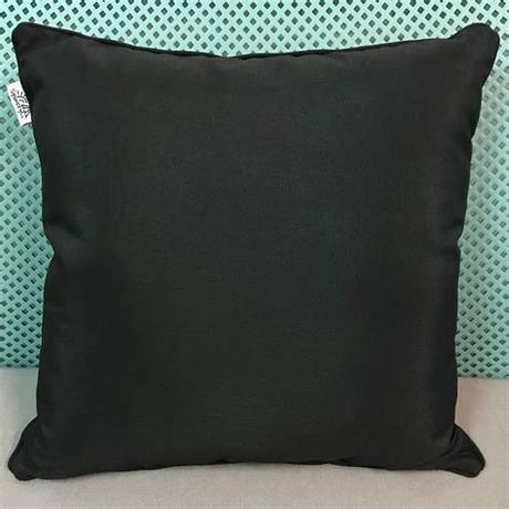 With fresh outdoor cushions, you can quickly update your patio furniture. Outdoor Cushion 45x45cm Black