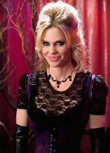 Kristin Bauer van Straten Tells InStyle Pam's Style is Sexy or Sexier