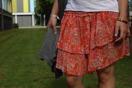 Outfit: Floral Skirt