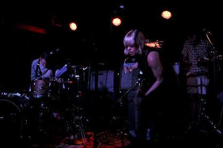 Tu Fawning 0294 AU AND TU FAWNING PLAYED MERCURY LOUNGE [PHOTOS]