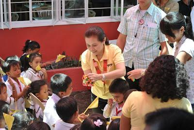 Sister of Philippine President, Pinky Aquino-Abellada visits Iligan to Turn-over Classrooms from AGAPP Foundation