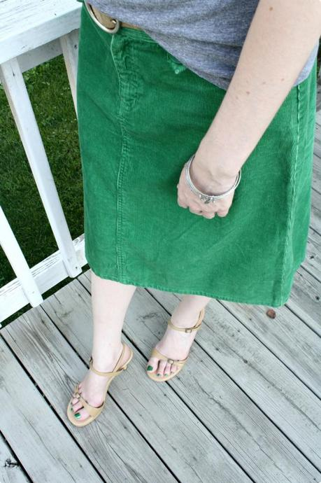 What Goes Around Comes Around – How To Wear Green Corduroy Without Looking Like You've Joined A Hippy Commune