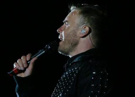 Gary Barlow has been the victim of a Twitter troll.