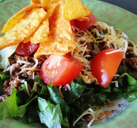 Kiki's Kitchen: The 10min Taco Salad