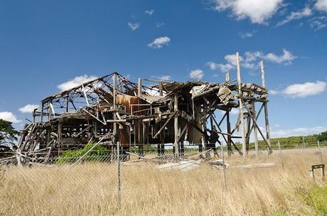 no 5 brace building ruins