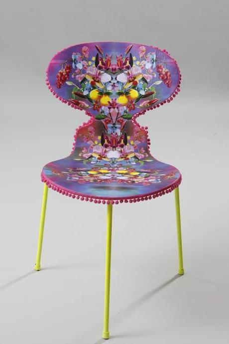 Jamie Oliver And The Big Chair Project