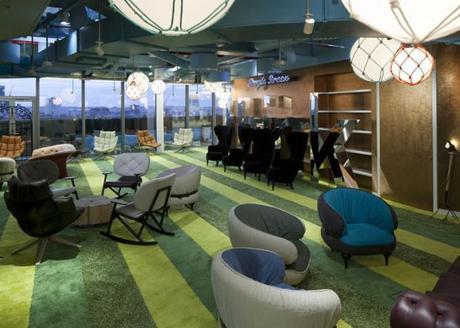 Urquiola S Furniture Is Everywhere In Google S London Office Paperblog