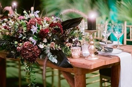 chic-moody-wedding-nicosia-llush-florals-modern-elements_32