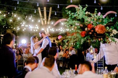 chic-moody-wedding-nicosia-llush-florals-modern-elements_36