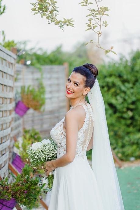 romantic-gardenwedding-athens-peonies-baby-breaths_14