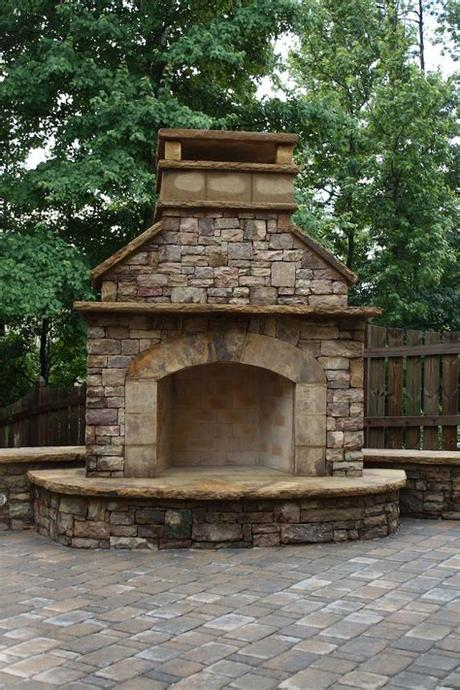 Modern fireplaces vary in heat efficiency, depending on the design. Stacked Stone Outdoor Fireplace with Hearth and Seating ...