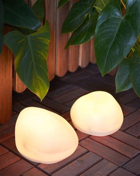 Seasonal lighting, outdoor lighting and lighting chains. US - Furniture and Home Furnishings | Solar powered garden ...