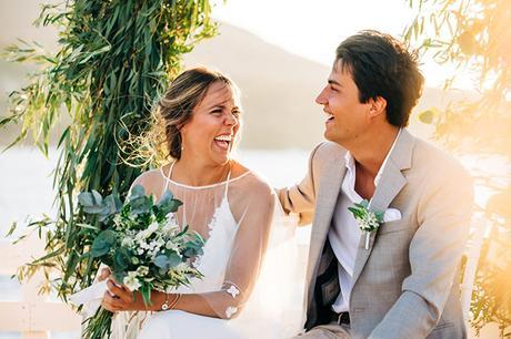 summer-destination-wedding-antiparos-fuchsia-boungainvilea_27